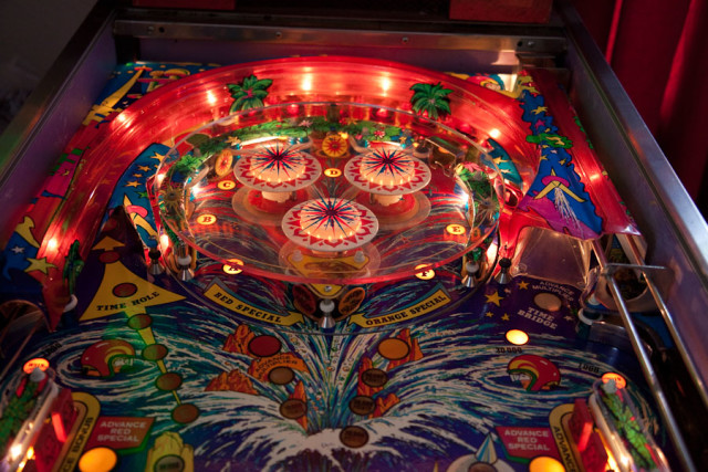 Center playfield on Time Machine in the raised position.
